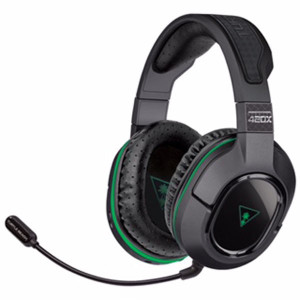 Officially Licensed for Xbox One, Turtle Beach's Stealth 420X Offers a Suite of High-Quality Features, Including 50mm Speakers, Synthetic Perforated Leather-Wrapped Ear-Cups, Mic Monitoring, Independent Game and Chat Audio Controls, Plus a 15 Hour Rechargeable Battery and More (PRNewsFoto/Turtle Beach)