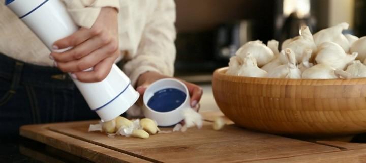 Garlic Shaker makes Peeling Garlic Easy