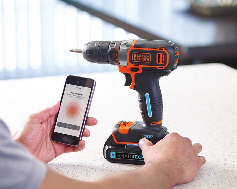 Black+Decker smarttech Bluetooth technology